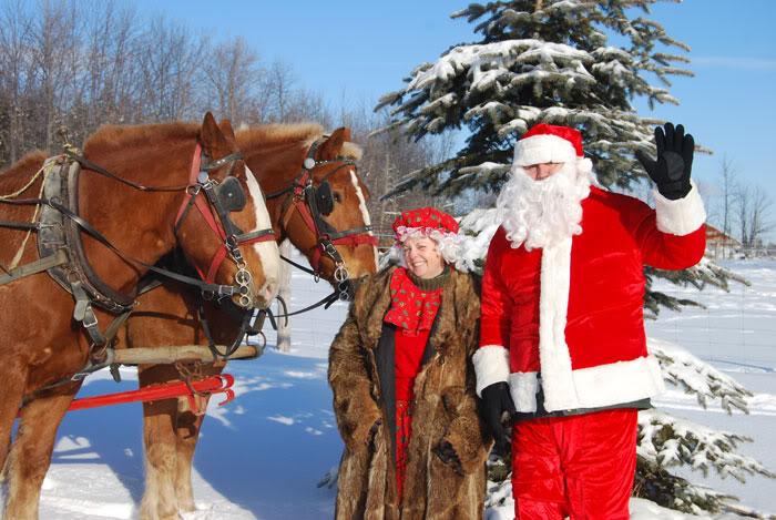Christmas-at-McMaze-200807