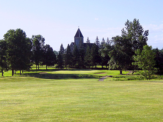 Briar Fox Golf and Country Club