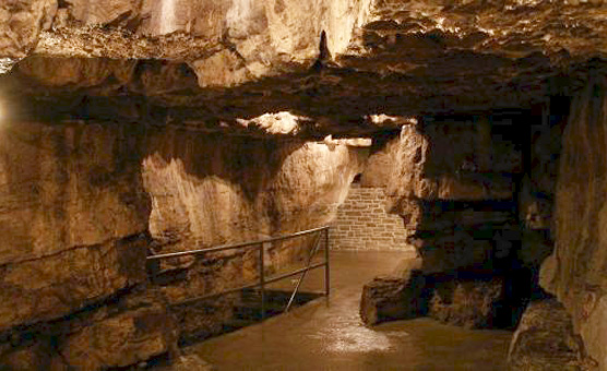 tyendinaga-cavern-and