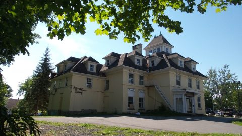 12 Paranormal Locations in South Eastern Ontario We Dare You