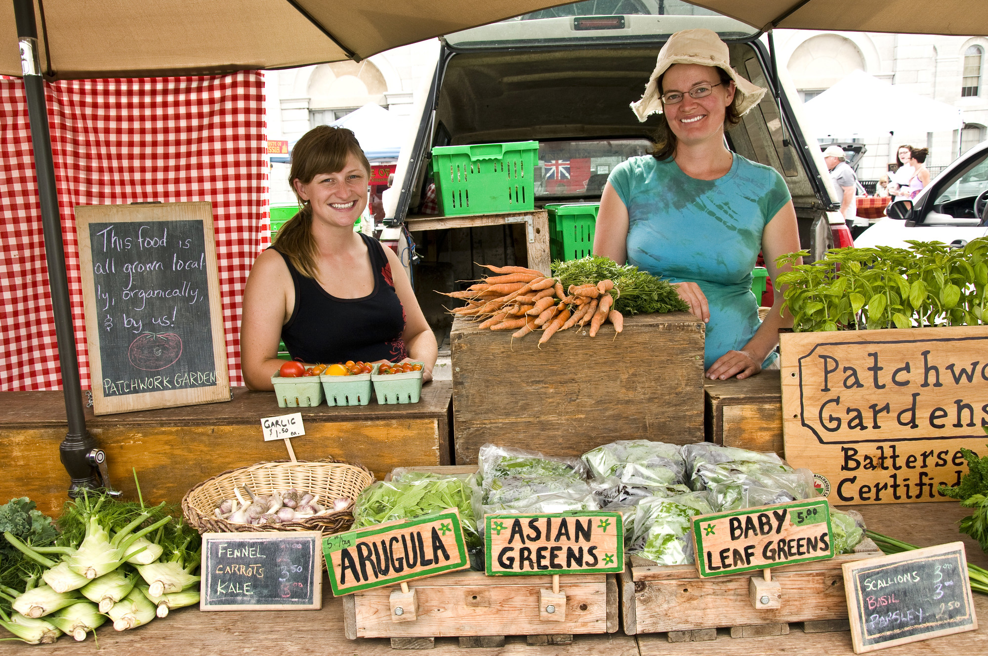 Take your pick of farm fresh, local food at the Kingston Public Market. (The Great Waterway)