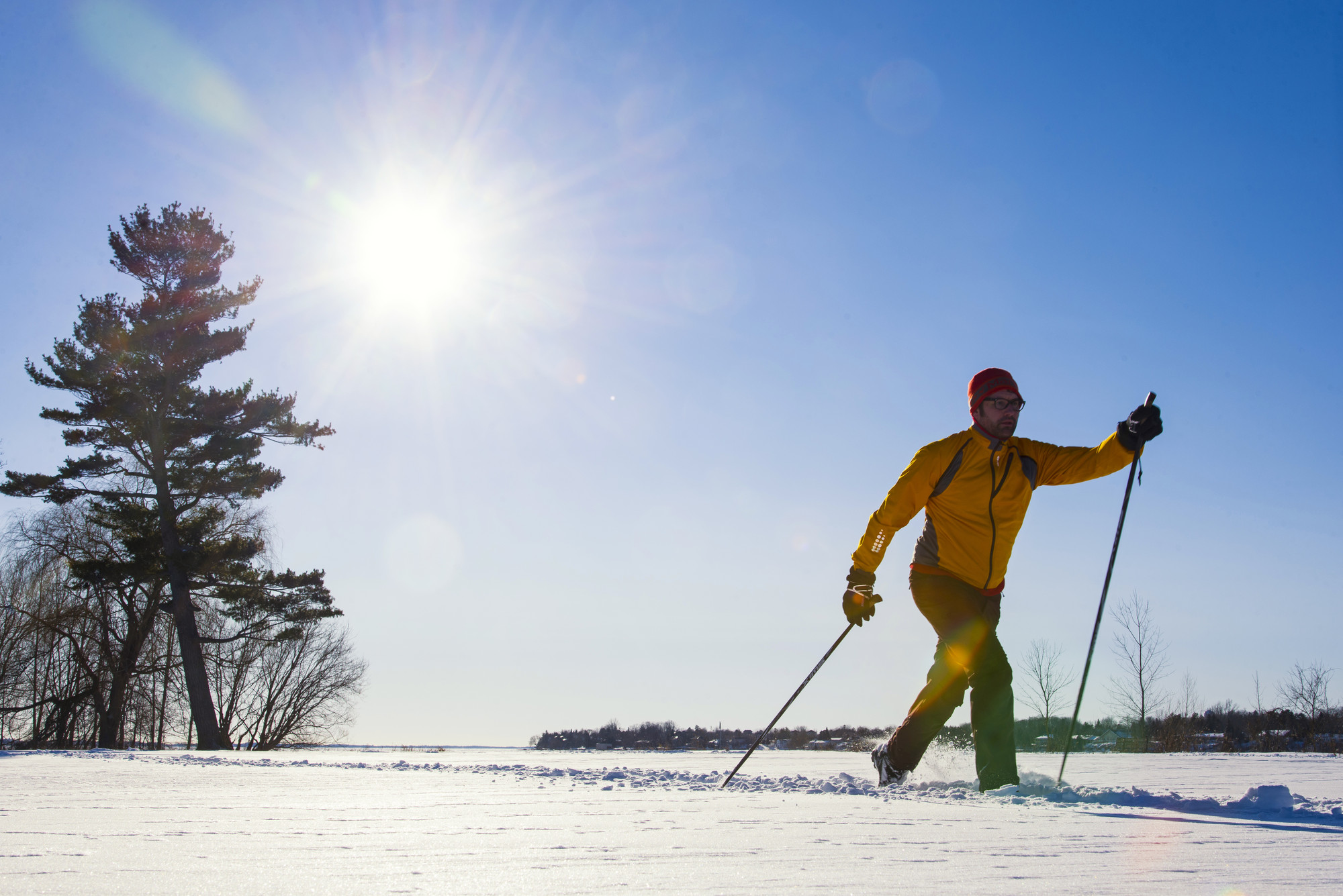Whether you'd rather flat terrain with lake views, steeper slopes with forest below or something in between, you'll find it on a cross-country ski trail here.
